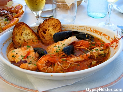 Shellfish soup served with toasted bread in Algero Sardinia