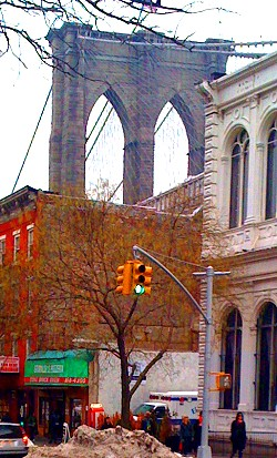 Grimaldi's Pizzeria under the Brooklyn Bridge