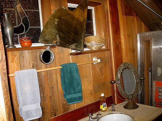 A Bathroom at the Shack Up Inn