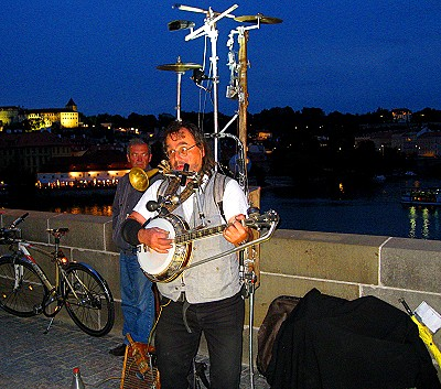 One man band, Charles Bridge, Prague