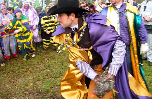 Throwing of the chicken, Mardi Gras