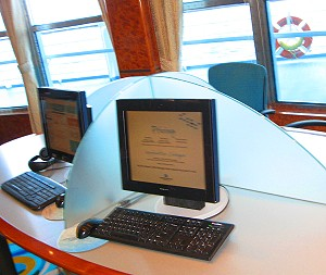 Internet station on the Norwegian Sun