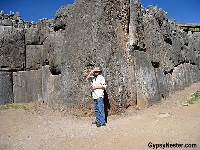 """David """"models"""" the enormity of the stones at Sacsayhuaman"""