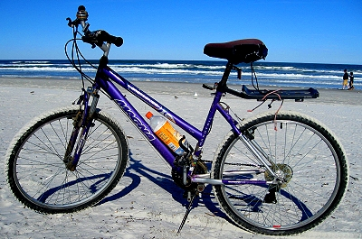 Veronica's bike on the beach! Yay! Sandy tires!