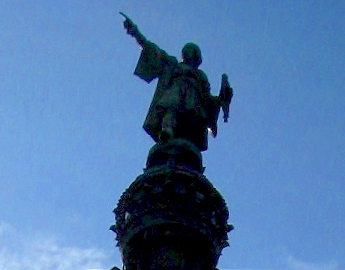 Columbus pointing toward the sea, Barcelona, Spain