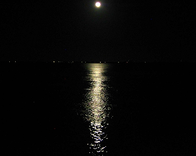 Full moon in Fort Pierce, Florida