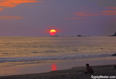 Sunset at Beautiful Manuel Antonio National Park in Costa Rica