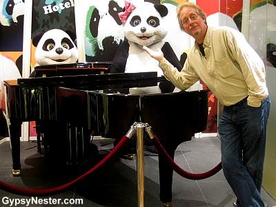 Panda Hotel in Hong Kong