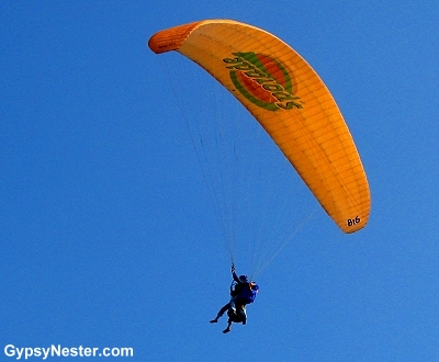 Paragliding in Lima Peru - I got the orange one!