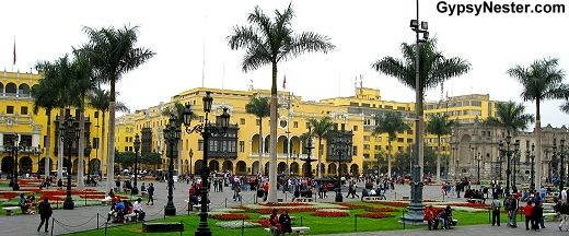 Plaza Mayor, Lima Peru