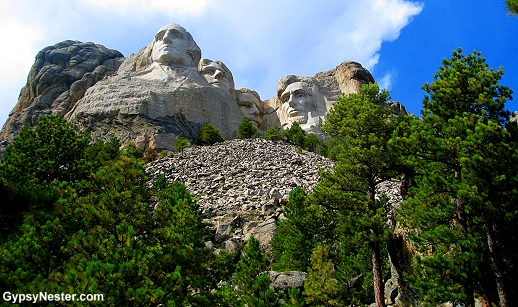 Mount Rushmore on a beautiful day